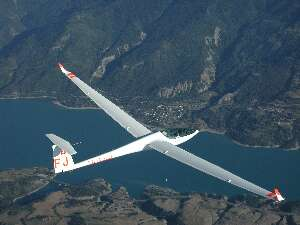 Sailplane over Serre Poncon